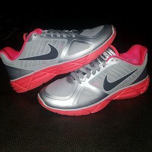 Nike 'Lunar Victory' II